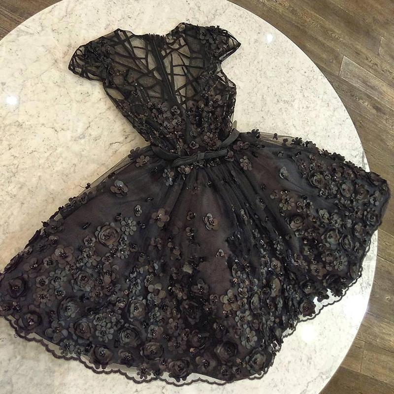 Fashion Cap Sleeves Beading V-Neck  Flower Prom Dress