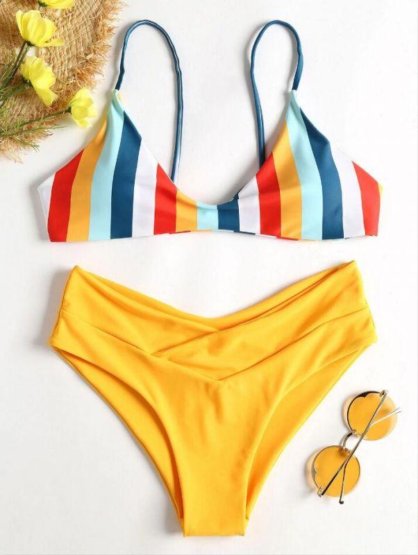Bikini à jambes hautes et rayures