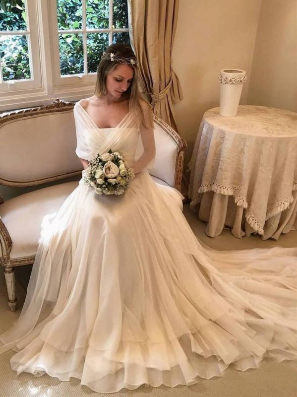 Elegant Appliques Tiered  Sexy Wedding Dresses | See Through Long Sleeve Open Back Cheap Bridal Gowns
