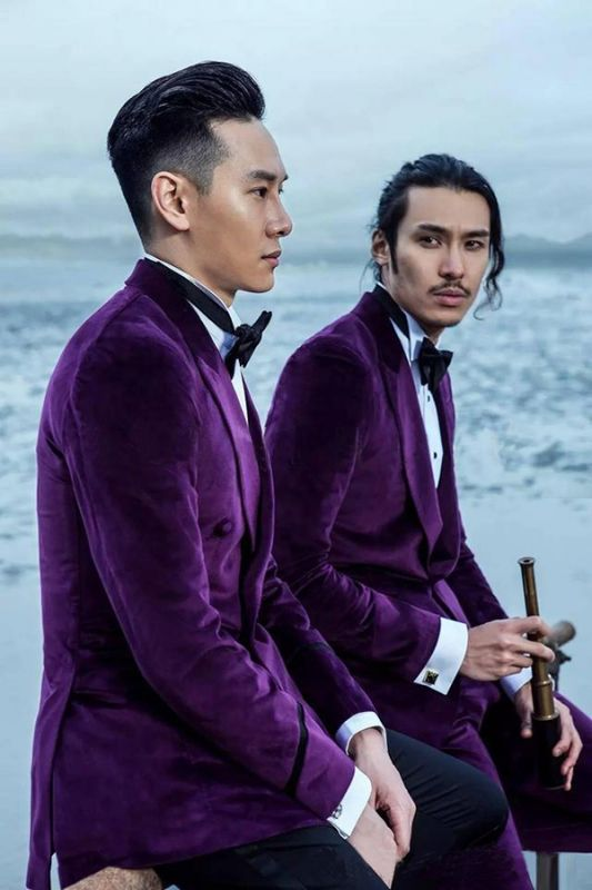 Purple Velvet Peak Revers Costume de mariage sur mesure pour le marié | Costumes simples modernes à un seul bouton