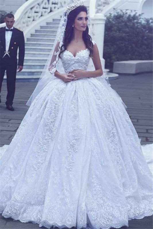 Sweetheart Gorgeous Lace Sleevesless Flowers Ball Gown Wedding Dresses Cheap