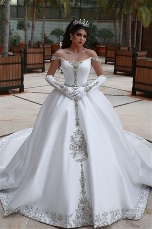 Luxury Off The Shoulder Sleeveless Appliques Ball Gown Wedding Dresses