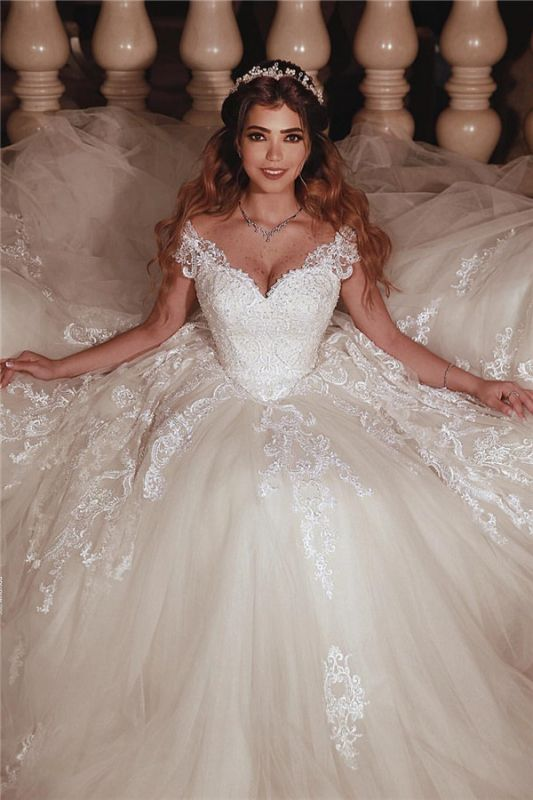 Tulle dentelle manches courtes robe de mariée en robe de bal sweetheart