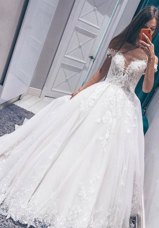 Modern Off The Shoulder Sleeveless White Wedding Dresses | Gorgeous V-Neck Lace Long Bridal Gowns