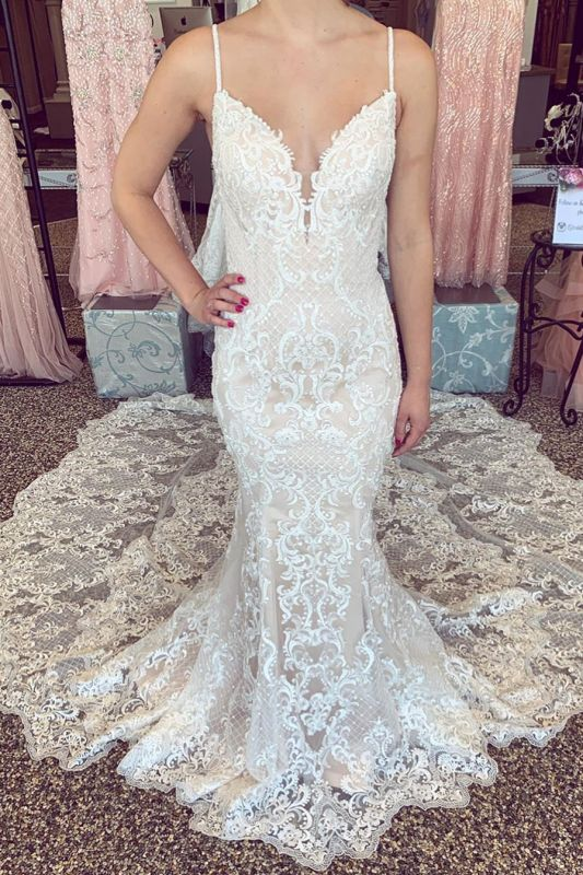 Luxury Lace Beading Chapel Train Champagne Wedding Dresses | Cute Spaghetti Straps V-Neck Sleeveless Long Bridal Gowns
