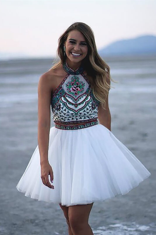 Chic Two Pieces Halter Homecoming Dress | Stylish Appliques Beading Short Cocktail Dress