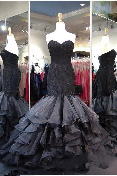 Lace-up Modern Black Ruffles Sweetheart Sweep-Train Sleeveless Evening Gown Prom Dress