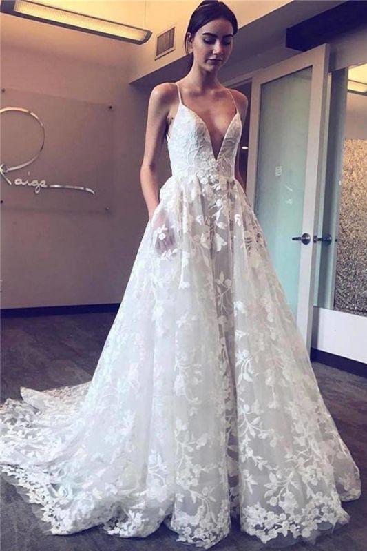 Cheap V-Neck Spaghetti Straps Tulle Appliques Court Train Wedding Dresses