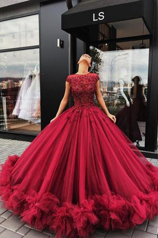 Short Sleeves Burgundy Ball Gown Luxury Scoop Prom Dresses
