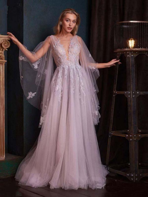 Romantisches Aline Brautkleid mit tiefem V-Ausschnitt und Sweep Wrap