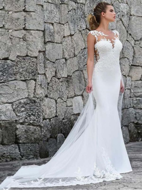Charming Sleeveless lace Mermaid Bridal Gown with Sweep Train
