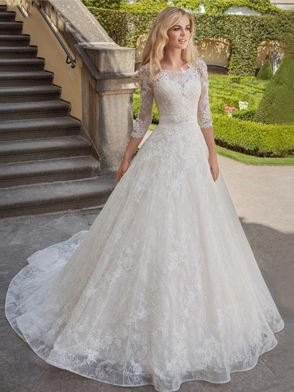 Stylish 3/4 Sleeves Lace Appliques Aline Bridal Gown Scoop Neck Wedding Dress