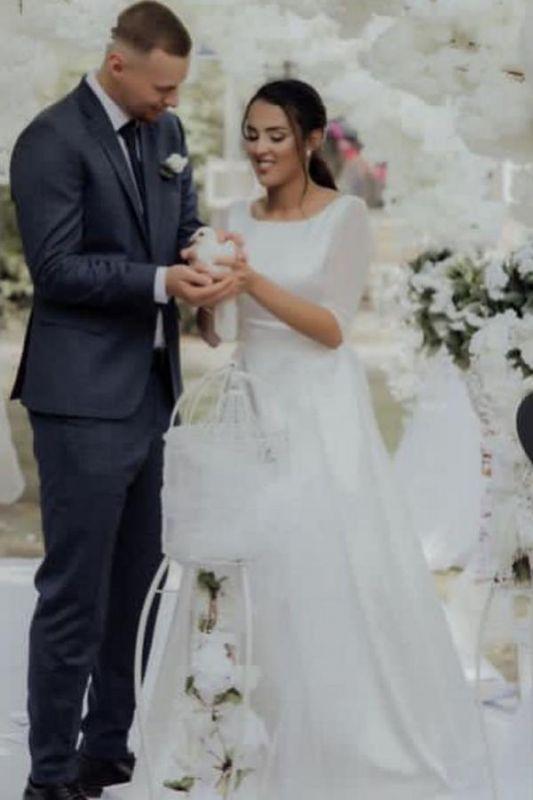 Élégante robe de mariée blanche à manches longues Aline Robe de mariée jardin simple pour la mariée