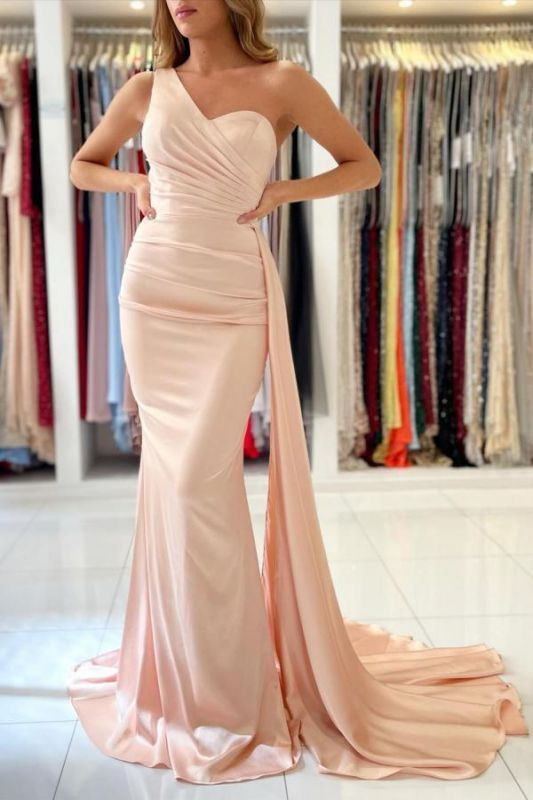 Elegant One Shoulder Mermaid Prom Gown With Sweep Train