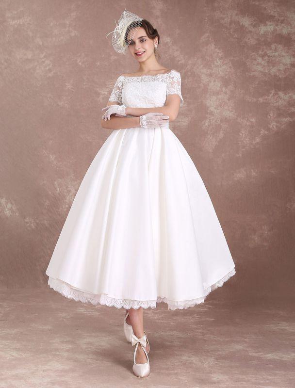 Vestidos de novia cortos Vestido de novia vintage Años 50 Bateau Encaje Manga corta Marfil Faja Hasta el té Vestido de recepción nupcial Exclusivo