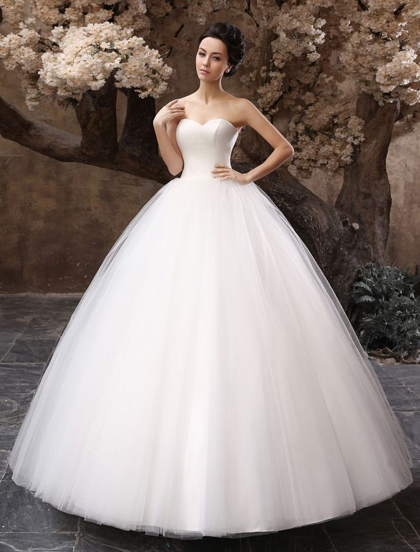 Princess Wedding Dresses 2021 Ball Gown White Maxi Strapless Sweetheart Neckline Tulle Floor Length Bridal Gowns