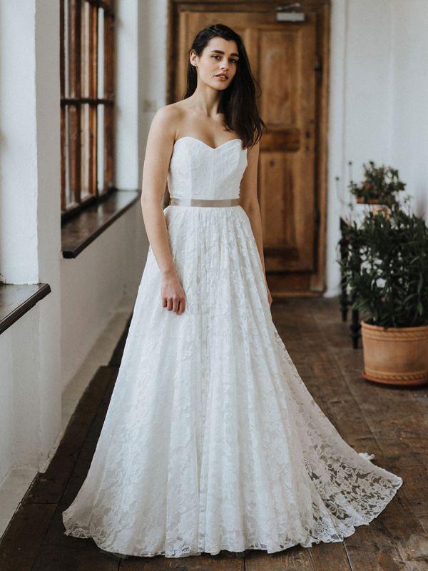 Einfache Brautkleider Brautkleider aus Spitze Trägerlose Brautkleider in A-Linie