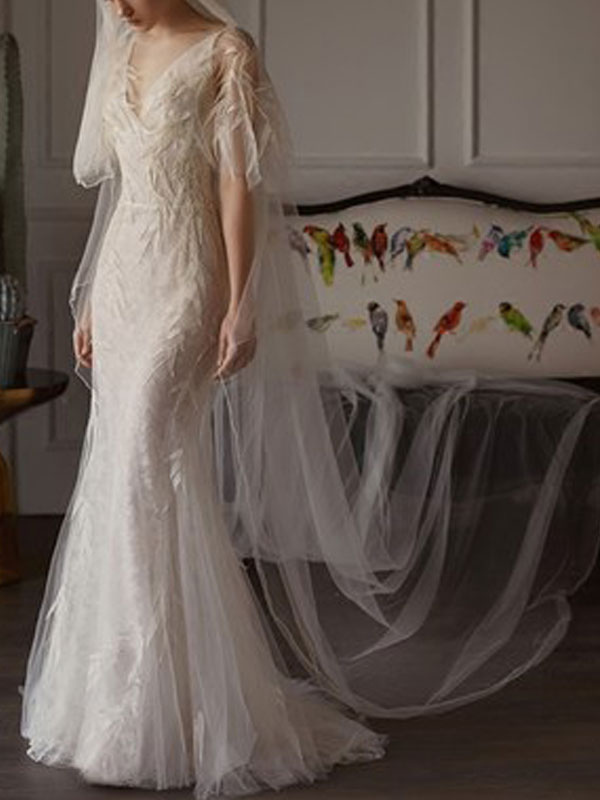 Brautkleider 2021 Mantel Sihouette Halbarm V-Ausschnitt Bodenlangen Bambusblatt Spitze Brautkleid