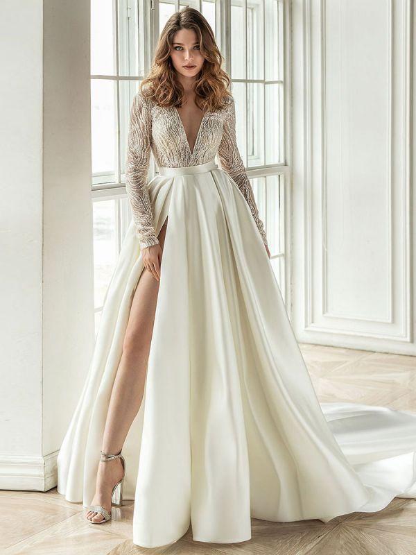 Einfaches Brautkleid mit Zug A-Linie V-Ausschnitt mit langen Ärmeln Spitze Brautkleider