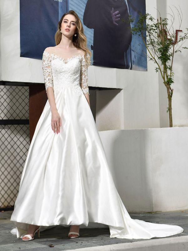 Vestido de novia simple Cuello joya Medias mangas Una línea Vestidos de novia con cuentas con tren