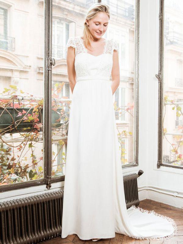 Weißes einfaches Brautkleid A-Linie trägerlos rückenfrei kurze Ärmel Spitze Satin Stoff lange Brautkleider