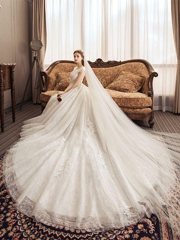 Lace Wedding Dresses Princess Bridal Gown Ivory Jewel Neck Short Sleeve Bridal Dress With Train