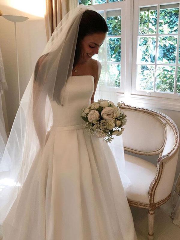 Vintage Brautkleider 2021 Satin Strapless A-Linie bodenlangen klassischen Brautkleid mit Zug