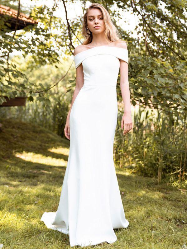 White Simple Wedding Dress Bateau Neck Sleeveless Natural Waist Backless Satin Fabric Long Mermaid Bridal Gowns