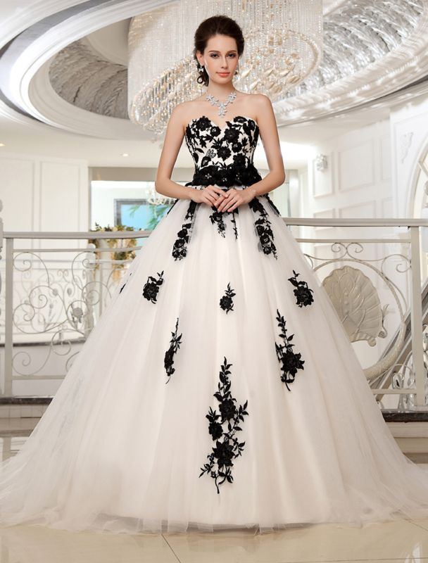 Wedding Dresses Strapless Black Bridal Gown Lace Applique Flowers Sash Beaded Court Train Ivory Tulle Bridal Dress Exclusive