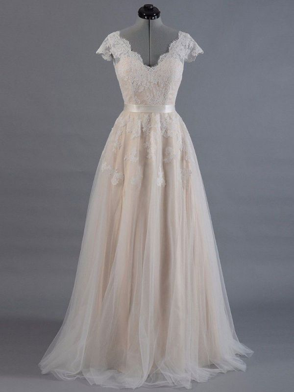 Vestido de novia 2021 Cuello en V Mangas cortas Apliques de encaje Hasta el suelo Tul Vestidos de novia tradicionales