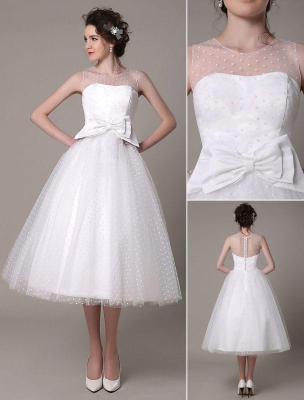 Vestido de novia de tul Sin tirantes Una línea Hasta el té Vestido de novia con lazo Exclusivo