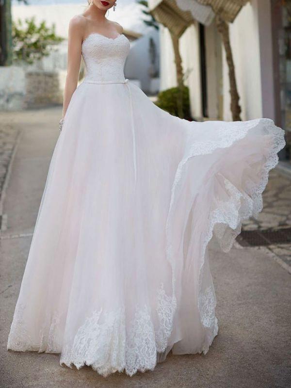 Robe de mariée Sweetheart Neck Longueur au sol sans manches Robes de mariée en dentelle avec train