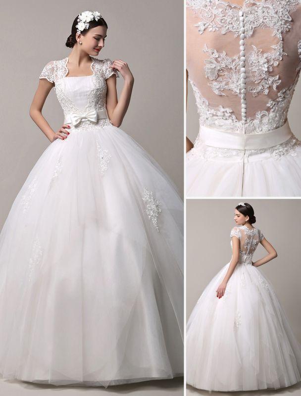 Kurzarm-Spitze-Prinzessin-Hochzeitskleid mit mehrlagigem Tüllrock Exklusiv