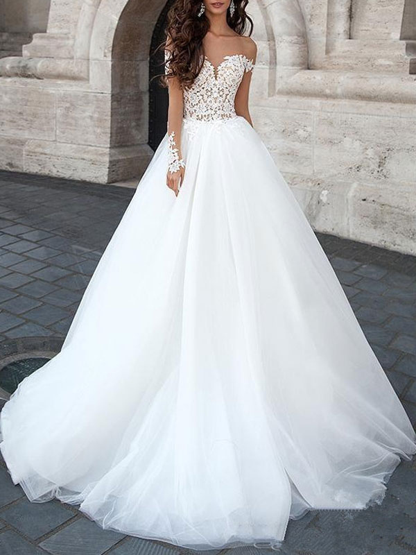 Princess Wedding Dress 2021 Ball Gown Sweetheart Neck Long Sleeves Backless Lace Tulle Bridal Dresses With Court Train