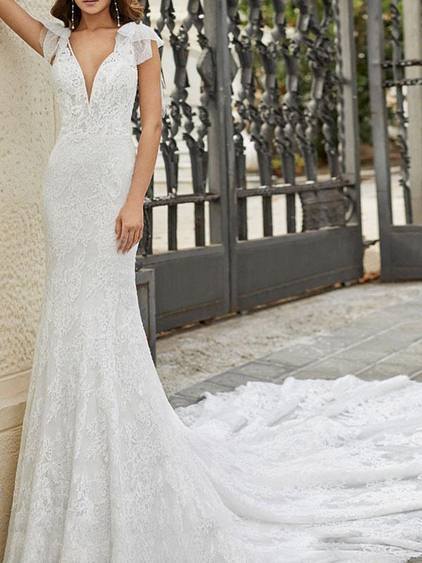 Brautkleid mit Zug Meerjungfrau Kleid Ärmellos Spitze V-Ausschnitt Lange Brautkleider
