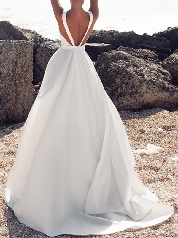 Vintage Wedding Dresses Jewel Neck Sleeveless Bows With Train Satin Fabric Bridal Gowns