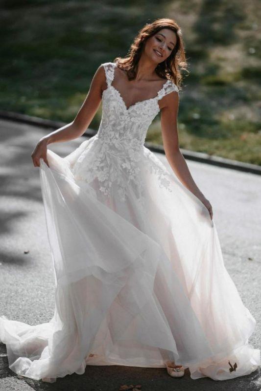 A-Linie Brautkleider Flügelärmeln Weißes Tüll Brautkleid bodenlang