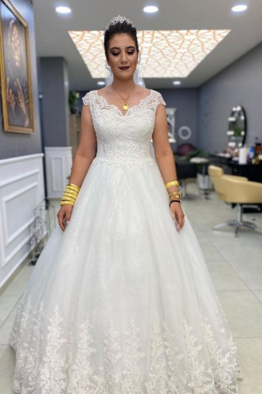 Gorgeous Cap Sleeves White Lace Bridal Dress Tulle A-line Wedding Dress
