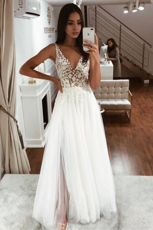 Blumenträger Applikationen Tüll Brautkleider | Ärmellose Strandbrautkleider mit V-Ausschnitt Online