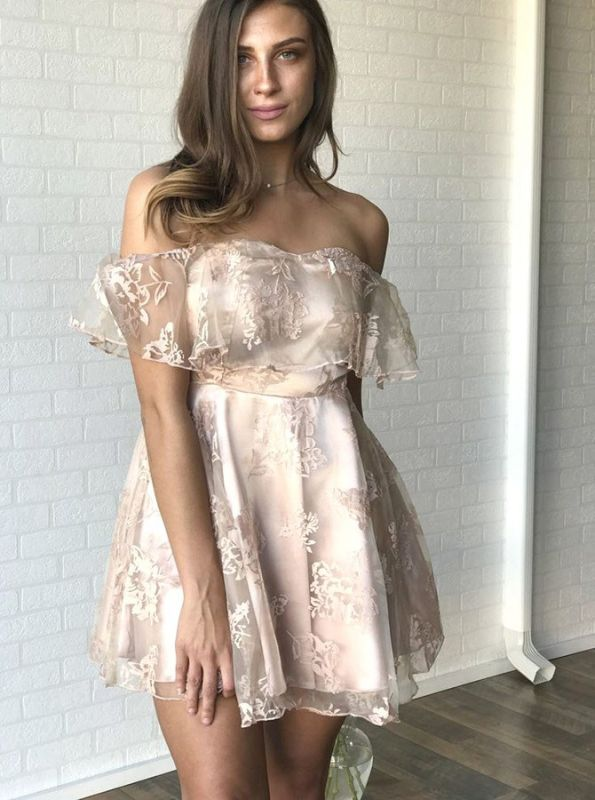 Newest Lace Off-the-shoulder Short Sleeve Homecoming Dress |A-line Short Party Gown