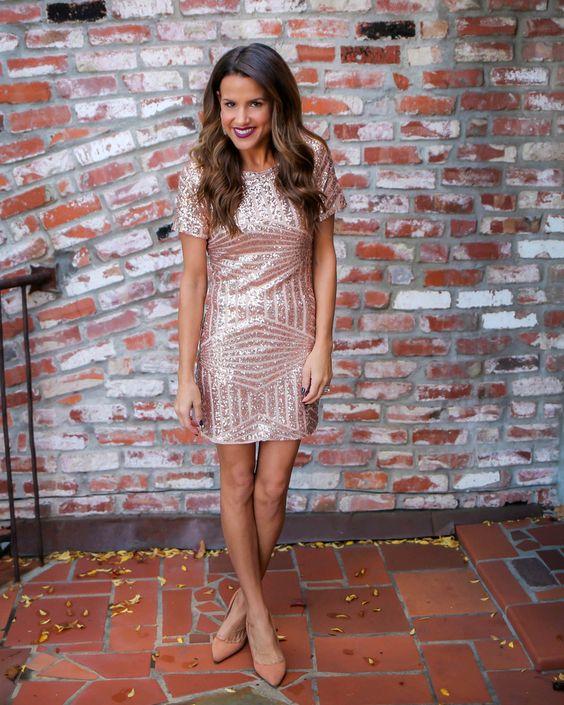 Short Sequins Short-Sleeves Sheath Elegant Homecoming Dresses