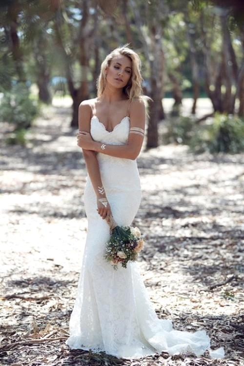 Beach Custom Made Sexy Spaghetti Straps Summer Mermaid Backless Lace Appliques Wedding Dresses