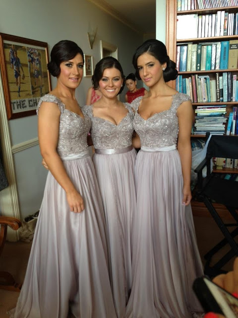 Sexy Silver Bridesmaid Dresses Lace Sequins Beads Cap Sleeves V-Neck Chiffon Bridesmaid Dress