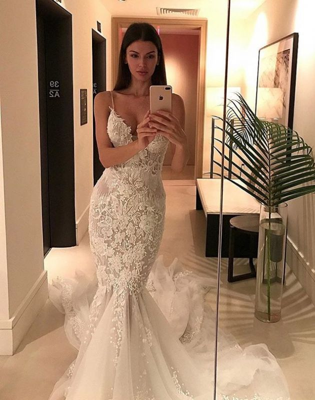 Online Sexy Spaghetti Straps Lace Charming Tulle Button Mermaid Wedding Dresses Cheap