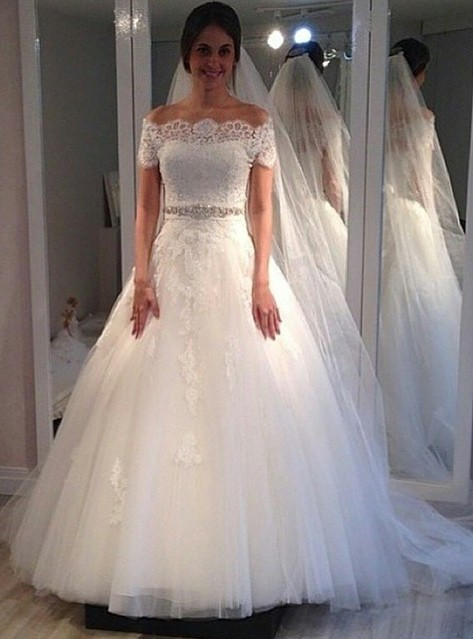 Off The Shoulder Sweep Train Lace Appliques A-line Short Sleeves Wedding Dresses