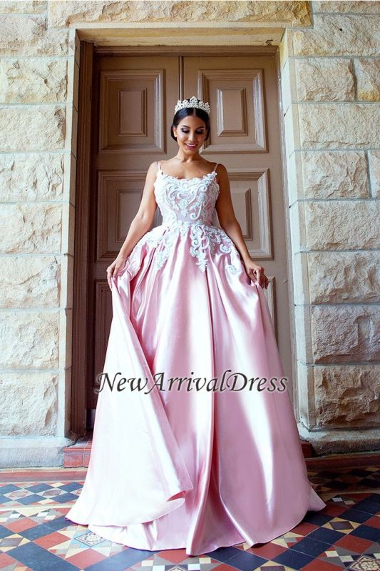 Puffy Lace-Applique Spaghetti-Straps Long Romantic Court Train Prom-Dresses