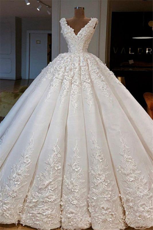 Glamouröse ärmellose Brautkleider mit V-Ausschnitt   Spitze Braut Ballkleider 2021