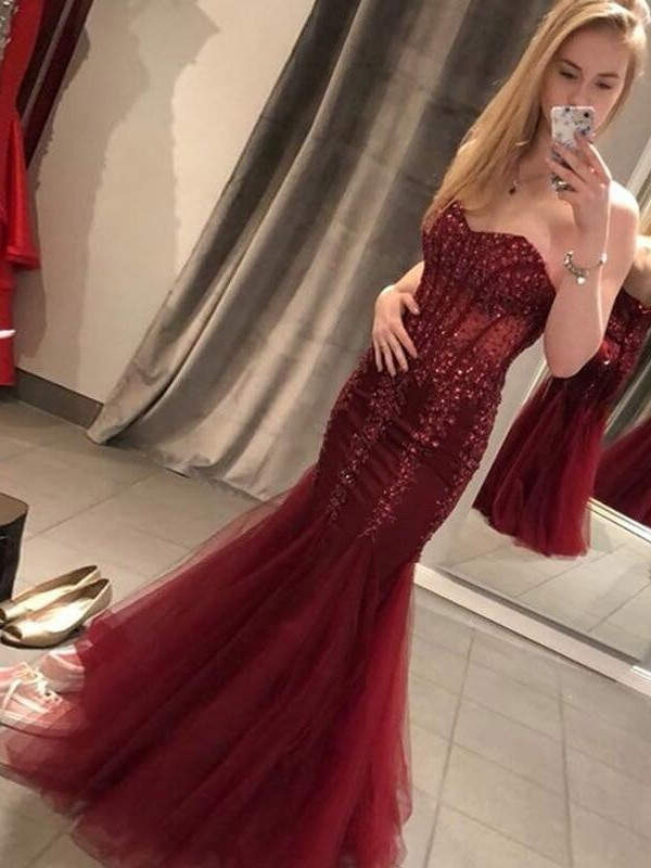 Mermaid Burgundy Tulle Appliques Sweetheart Long Prom Dress with Sequins