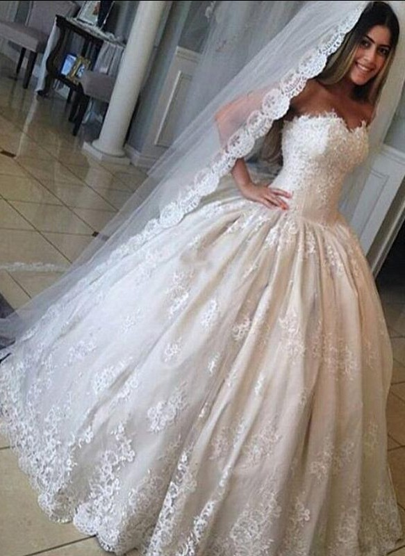 Gorgeous Lace Sweetheart-Neck Princess Ball-Gown Wedding Dresses