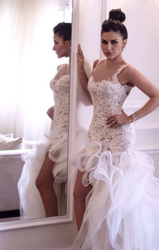 Attactive Lace Top Sheer Back Bridal Gowns Organza Sexy Short Front Long Back Wedding Dress